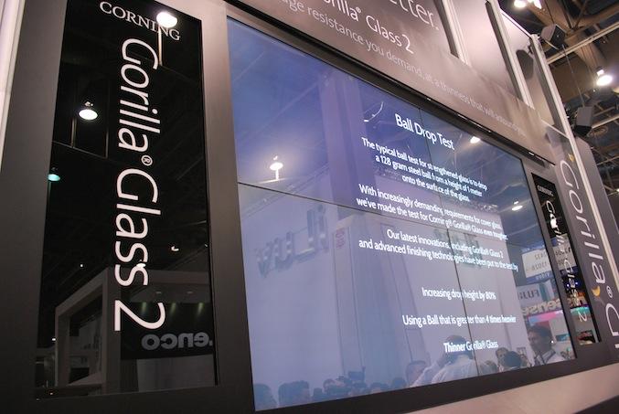 CES 2012: Czy da się złamać Gorilla Glass 2?