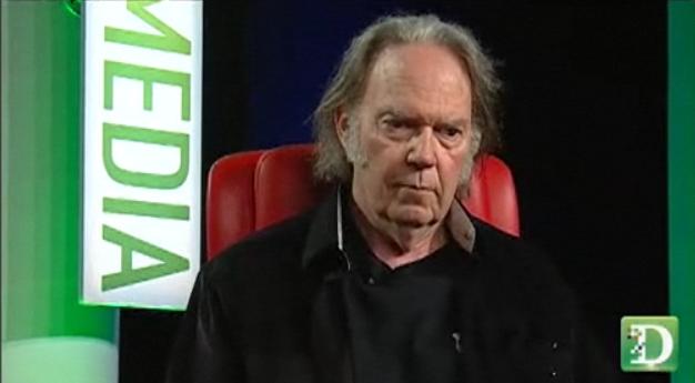Neil Young nie ma racji, jakość nie uratuje muzyki – muzyka nie potrzebuje ratunku