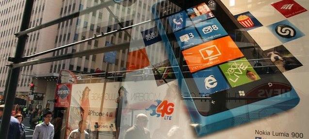 4 mln sprzedanych smarfonów marki Lumia, ale pieniędzy starczy jedynie na rok – Nokia podała wyniki 2Q