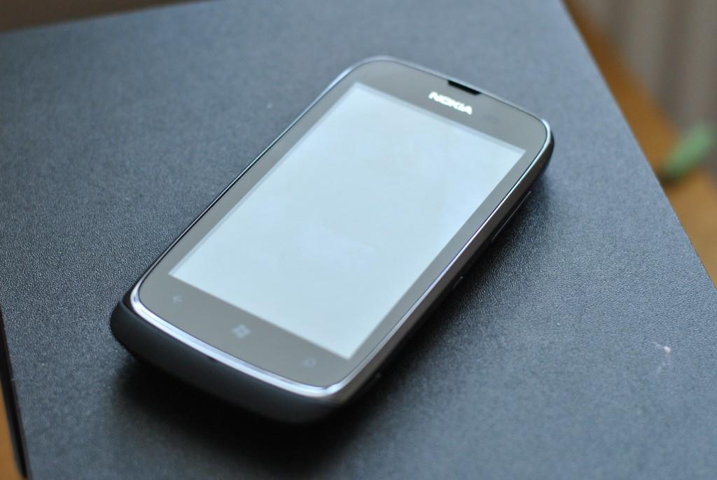 nokia lumia 610 telefon 3