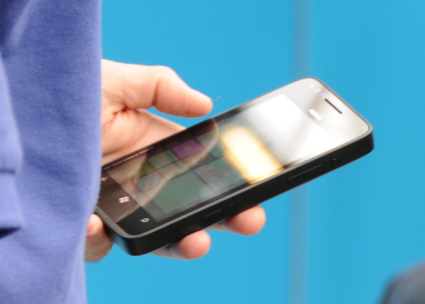 Windows Phone 8 ma szanse przejąć biznesowych klientów BlackBerry