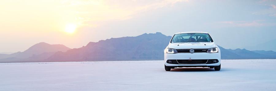 Hybrydowy VW Jetta ustanowił rekord prędkości. Czy to przyszłość motoryzacji?