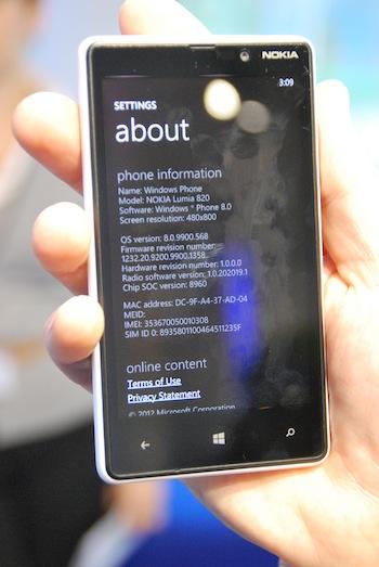 Nokia Lumia 920, Windows Phone 8