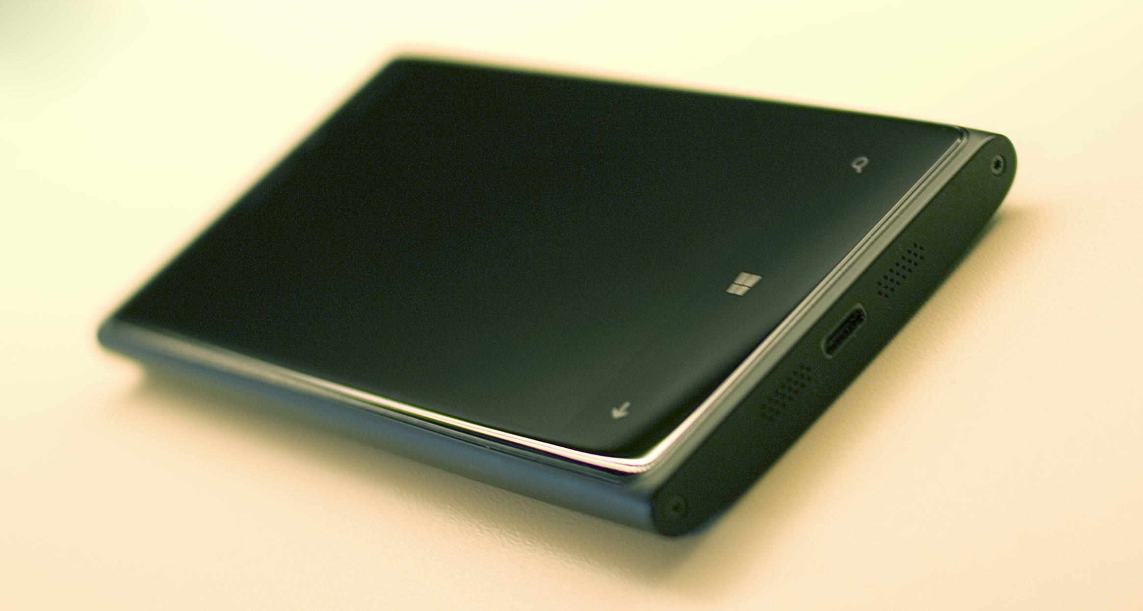 Recenzja Nokii Lumia 920. Część 2: Aparat, Porty, System