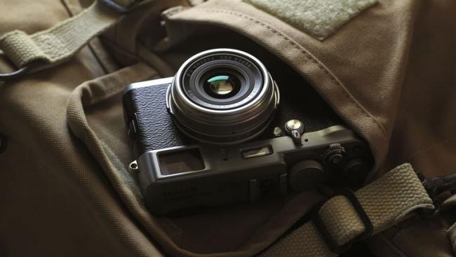 Fujifilm Finepix X100 (2)