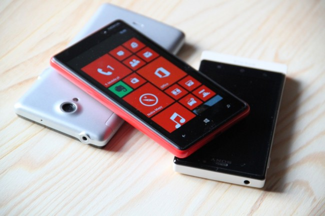 Nokia Lumia 820 (14)