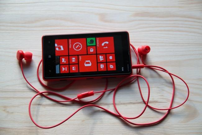 Nokia Lumia 820 (4)