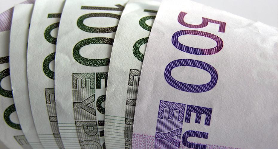 Internet nowym sposobem na zasilenie budżetu Francji