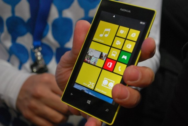 Nokia Lumia 520 a