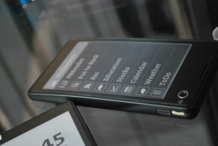 MWC 2013: YotaPhone – to się nazywa prawdziwa innowacja!