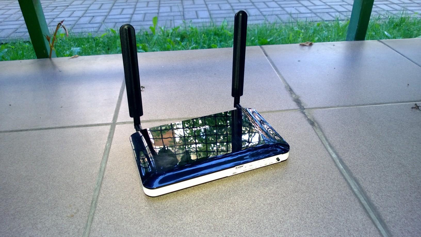 D-Link DWR-921 to świetny router na karty SIM, choć początkowo w to wątpiłem