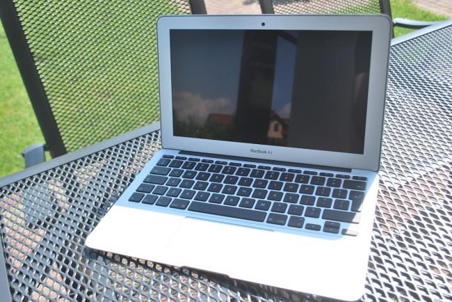 MacBook Air 11, mid-2013 0