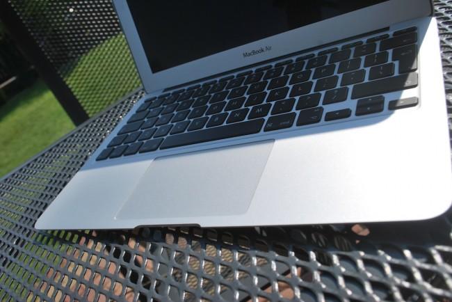 MacBook Air 11, mid-2013 1