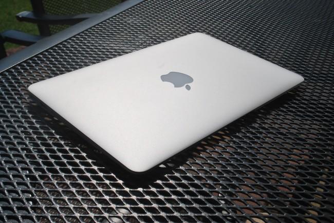 MacBook Air, 11, mid-2013, 2