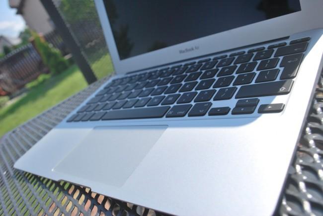 MacBook Air 11, mid-2013 3