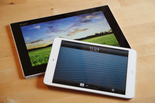 Sony Xperia Tablet Z iPad mini 4