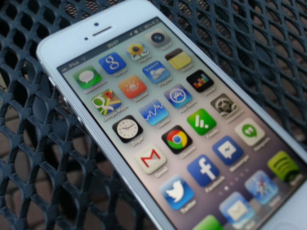 iPhone 5 dziewięć miesięcy później. Oto co mnie w nim denerwuje