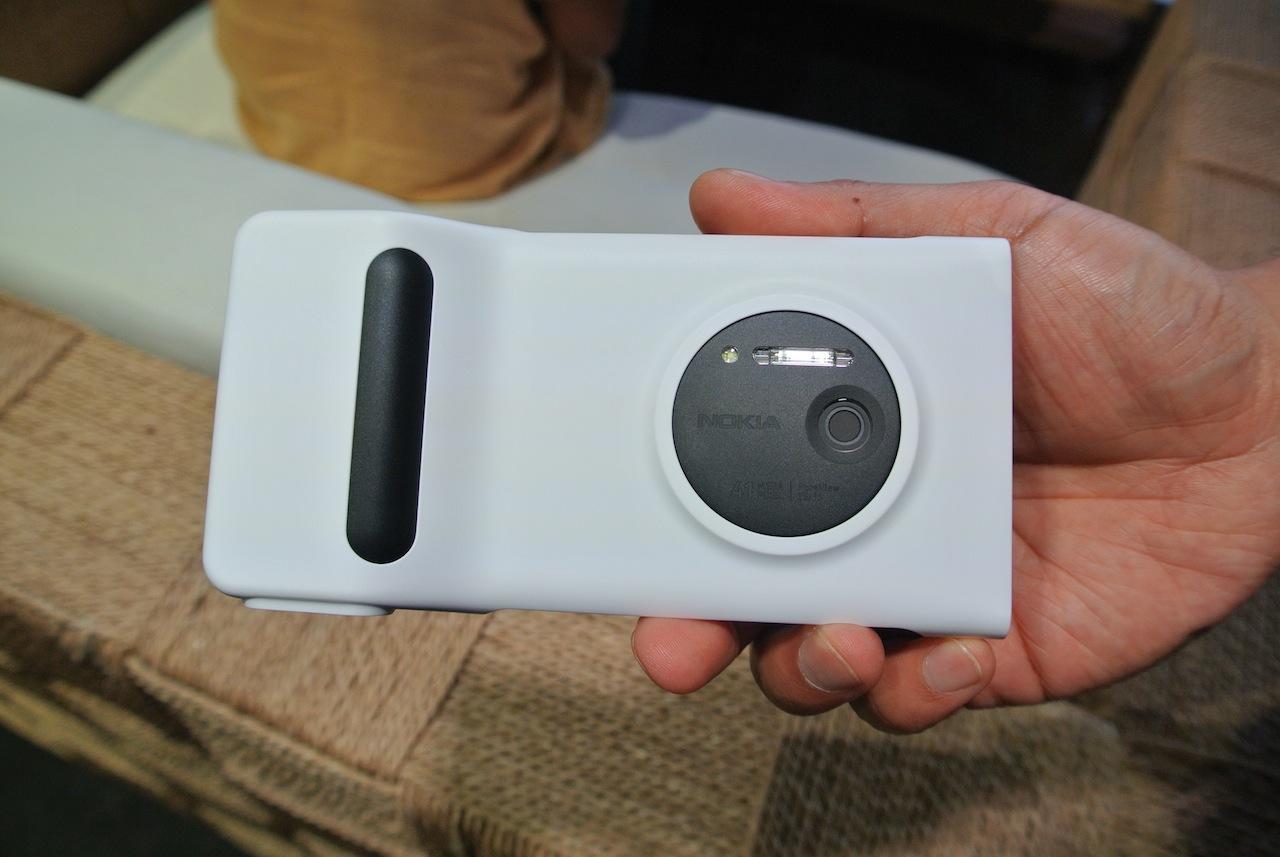 Camera Grip dla Nokii Lumia 1020 – bardzo, bardzo dobry pomysł