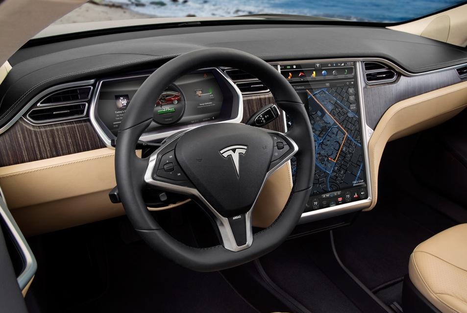 Inteligentny samochód musi jeździć po inteligentnych drogach, czyli podróż do przyszłości w fotelu autonomicznego samochodu