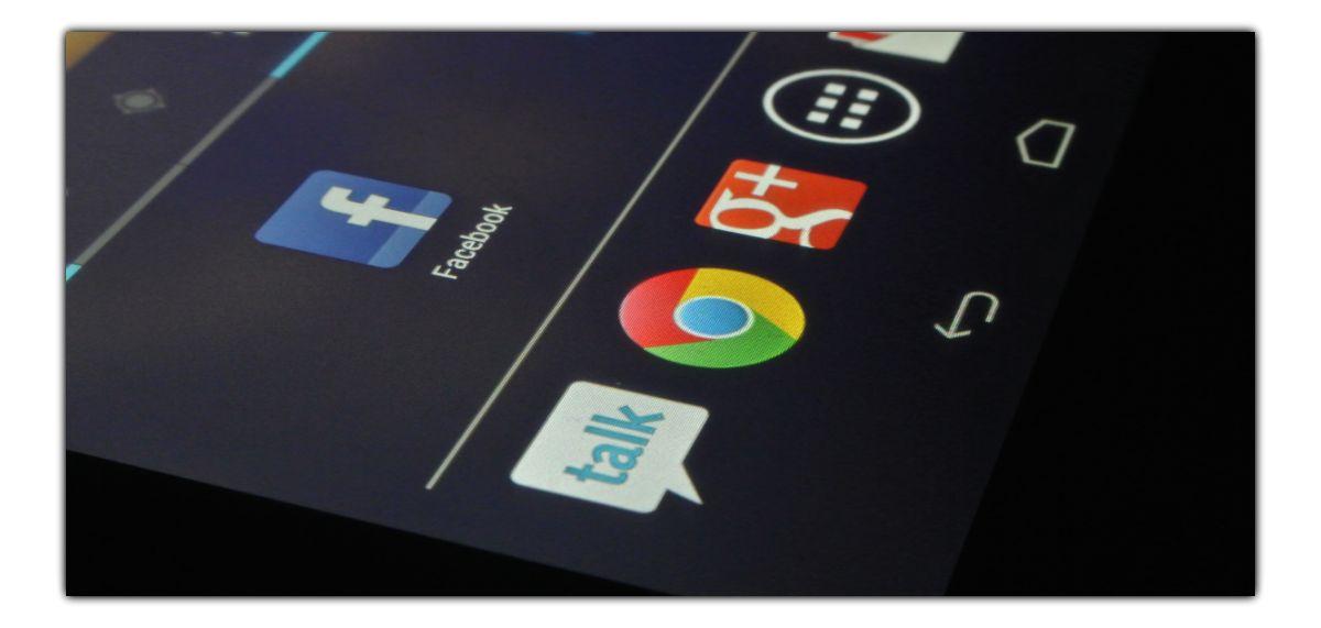 Hej, Google. Powiedz mi, gdzie jest Facebook?