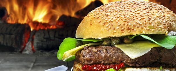 Burger King zbanował 30 000 fanów na Facebooku i rozdał im… Big Maki