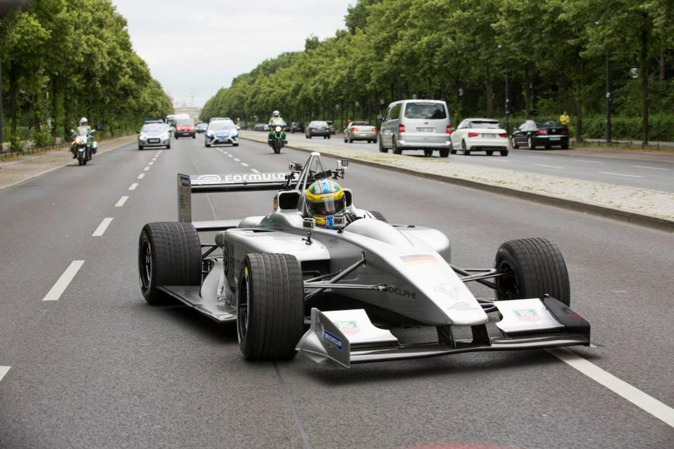 Polak dostał zaproszenie do Formuły E – czekają nas elektryzujące wyścigi