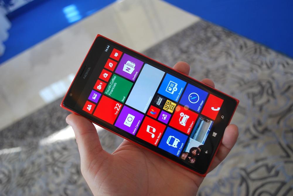 Phablet Nokia Lumia 1520 – pierwsze wrażenia Spider's Web z Abu Dhabi (zdjęcia i wideo)