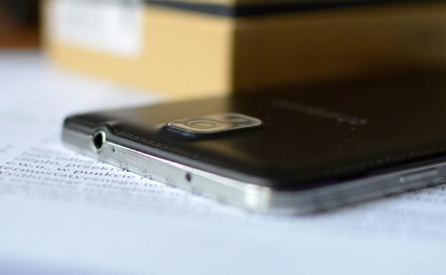 Galaxy Note 3 top