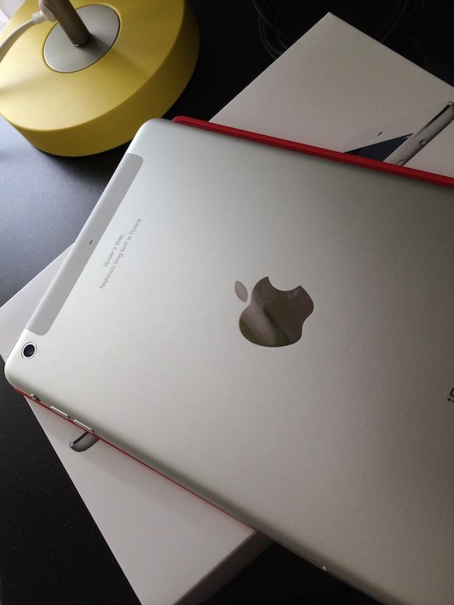W oczekiwaniu na pracę w oknach na iPadzie