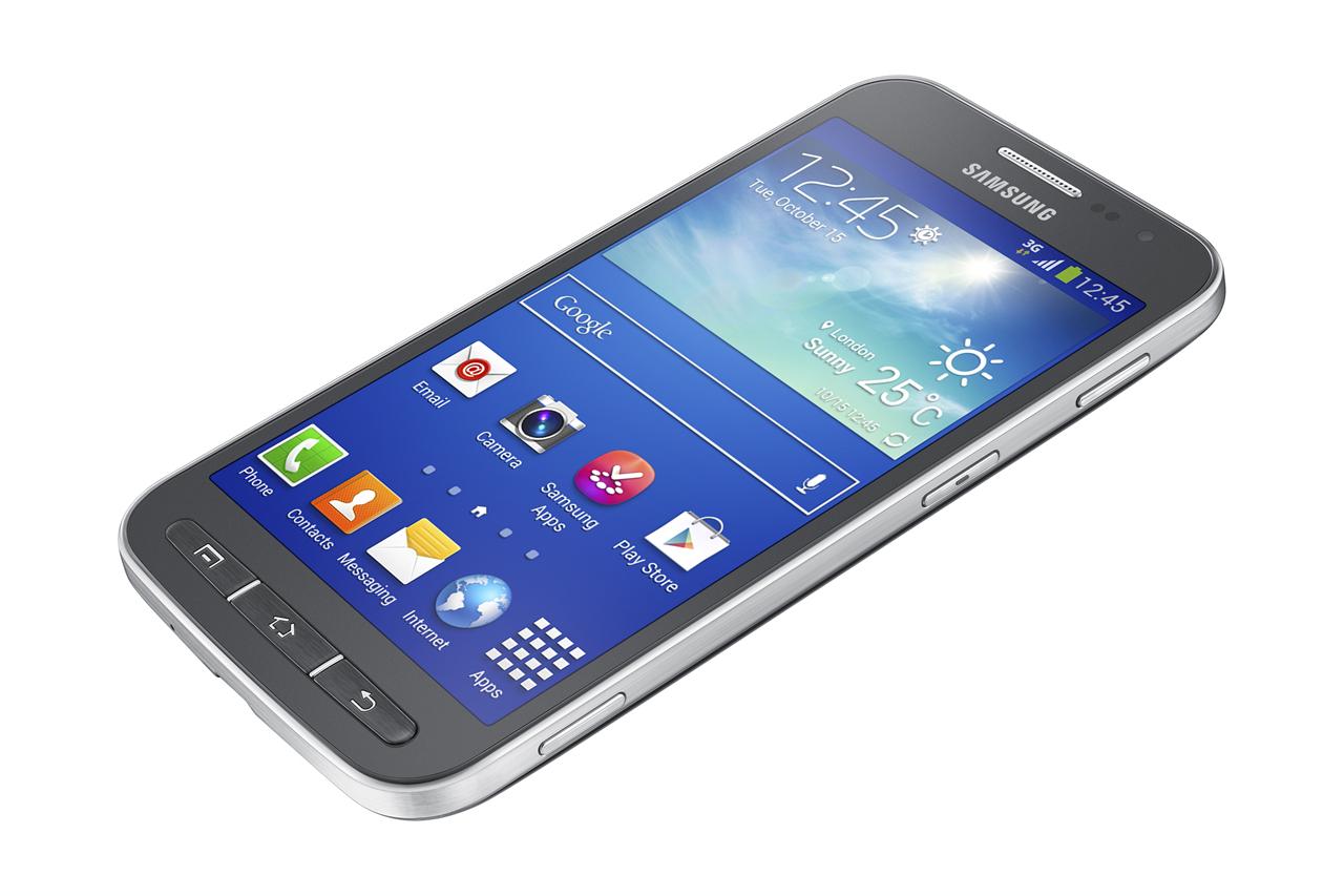 """Samsung stworzył idealny """"pierwszy smartfon"""" dla użytkowników, którzy jeszcze nie przekonali się do dotykowców"""