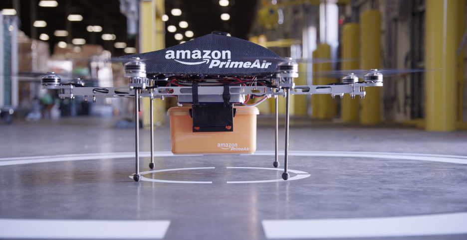 Flota dronów Amazon Prime Air będzie dostarczała przesyłki w ciągu 30 minut