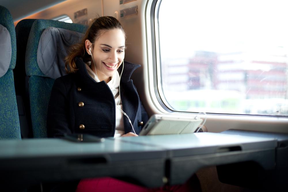 Darmowe WiFi w kolejnych pociągach PKP Intercity