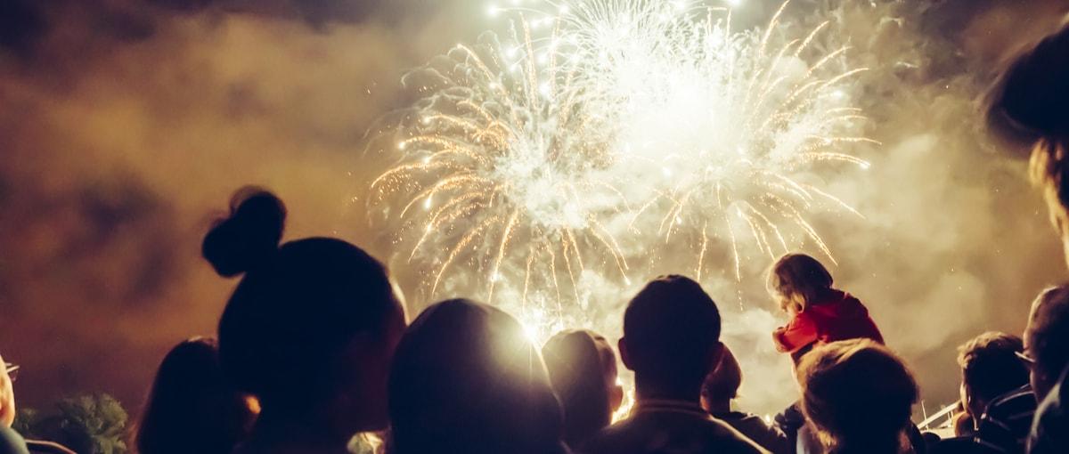 Jak fotografować sztuczne ognie? – 5 sprawdzonych rad