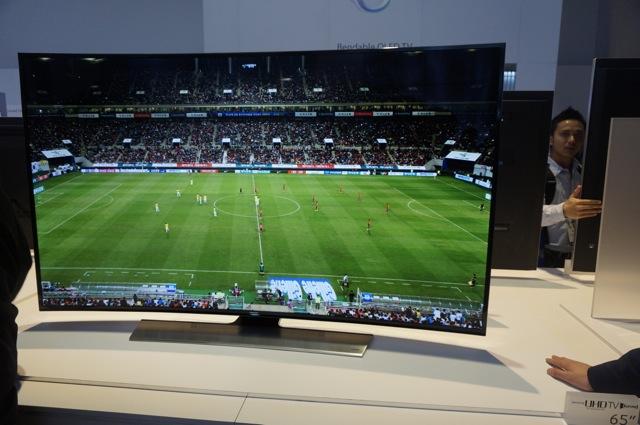 Samsung-ces-2014-stoisko-telewizory20