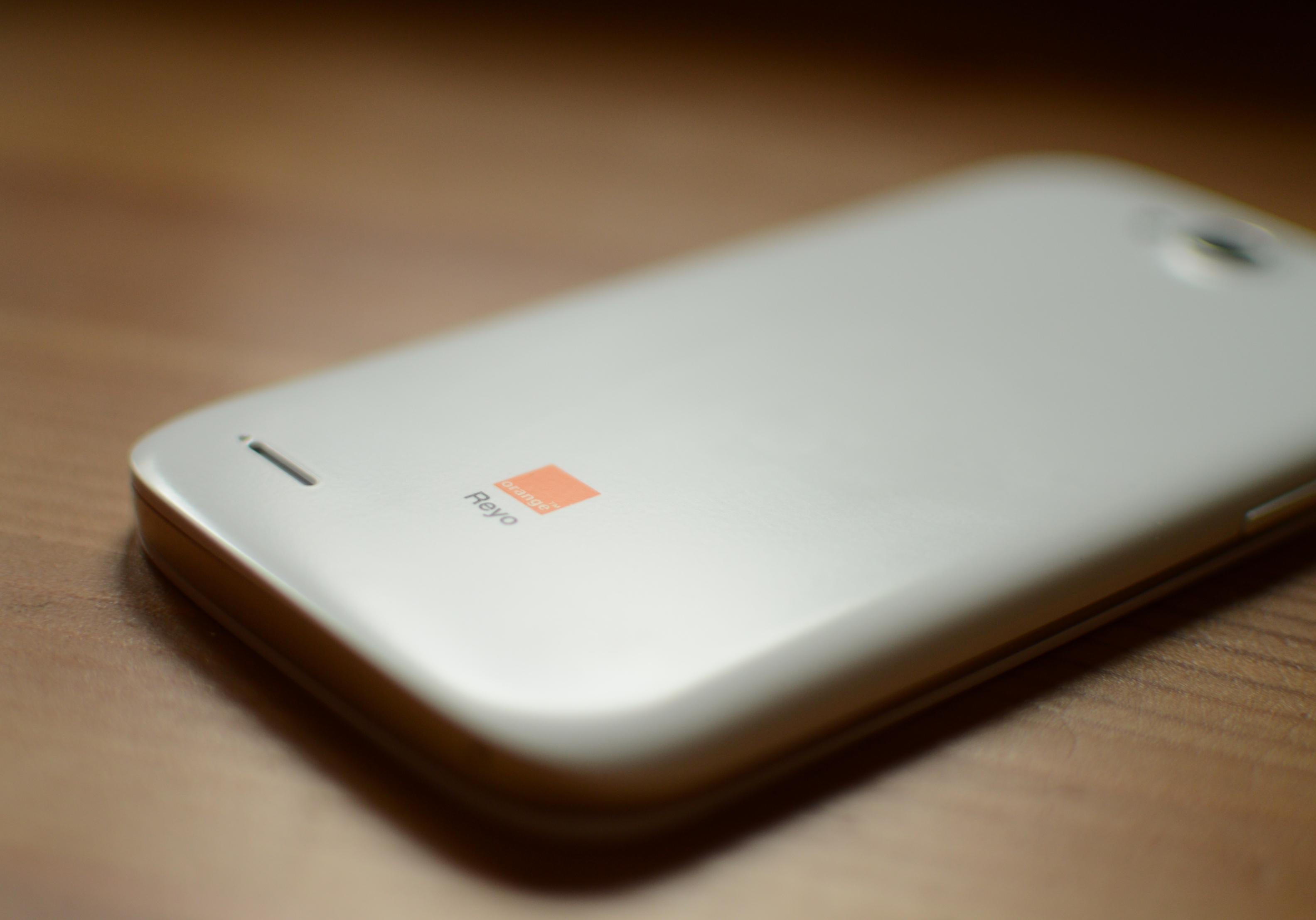 Orange Reyo, czyli smartfon za złotówkę od polskiego operatora – recenzja Spider's Web