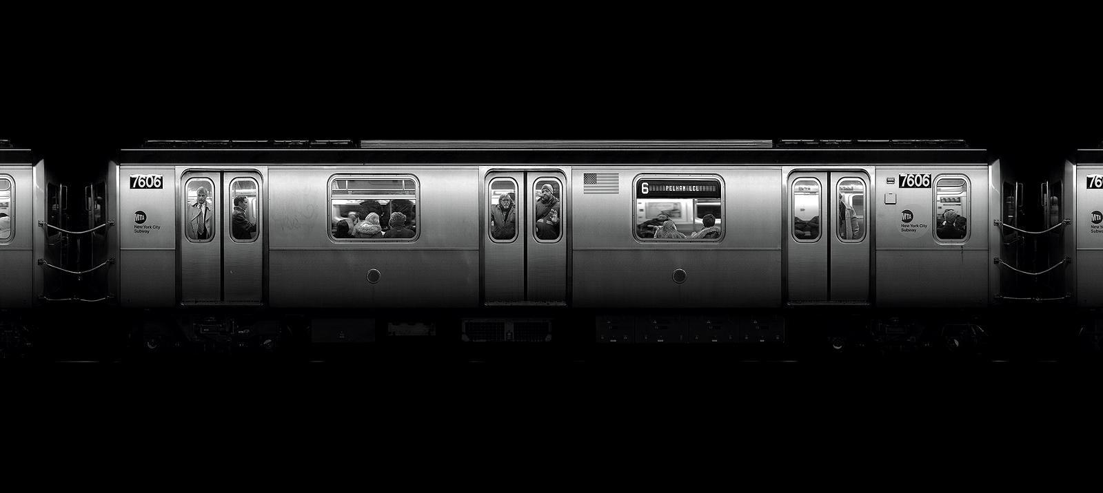 Fotograf, który zatrzymał czas. Fenomenalne zdjęcia i filmy przedstawiające stacje metra wielkich miast