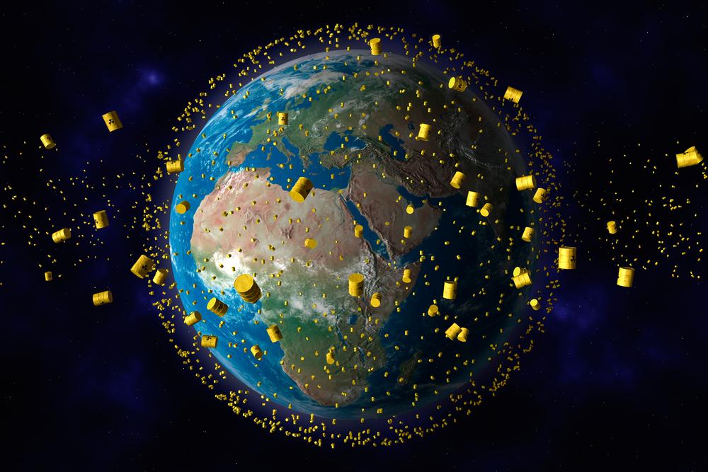 Wygląda na to, że agencje kosmiczne nie słyszały o segregacji odpadów. Nad naszymi głowami szybuje coraz więcej śmieci