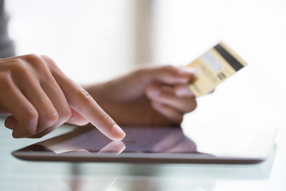 Klienci iPKO i City Handlowy tracą tysiące złotych przez atak phishingowy