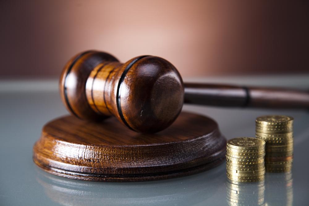 Nadchodzi era e-Płatności. Papierowy znaczek sądowy przechodzi do historii