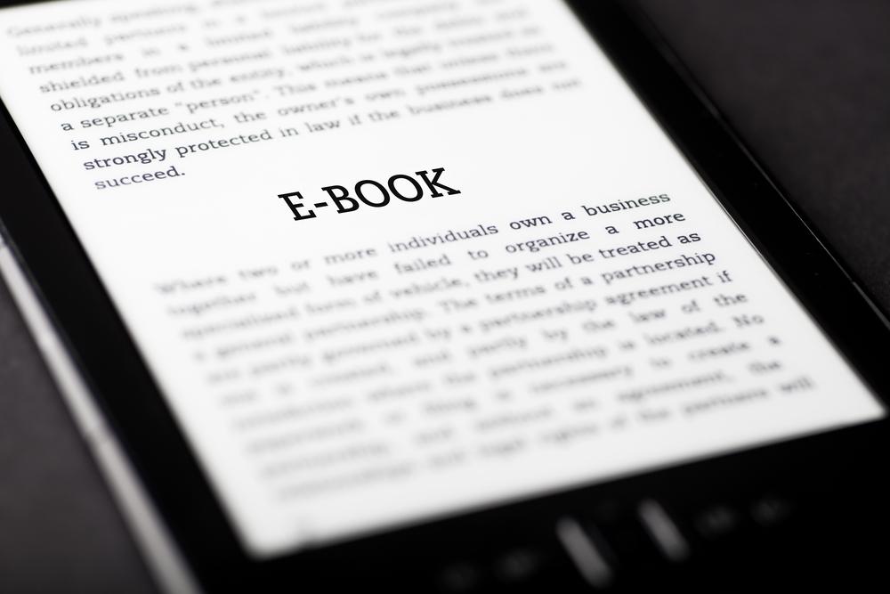 Polski startup wie jak walczyć z piractwem – UpolujEbooka uruchamia program lojalnościowy