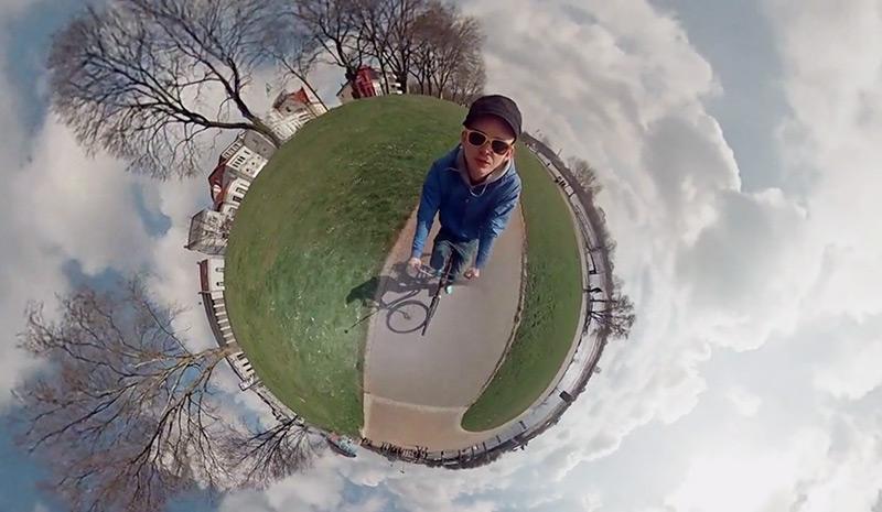 GoPro + druk 3D + świetny pomysł = kreatywny przejazd dookoła małej planety
