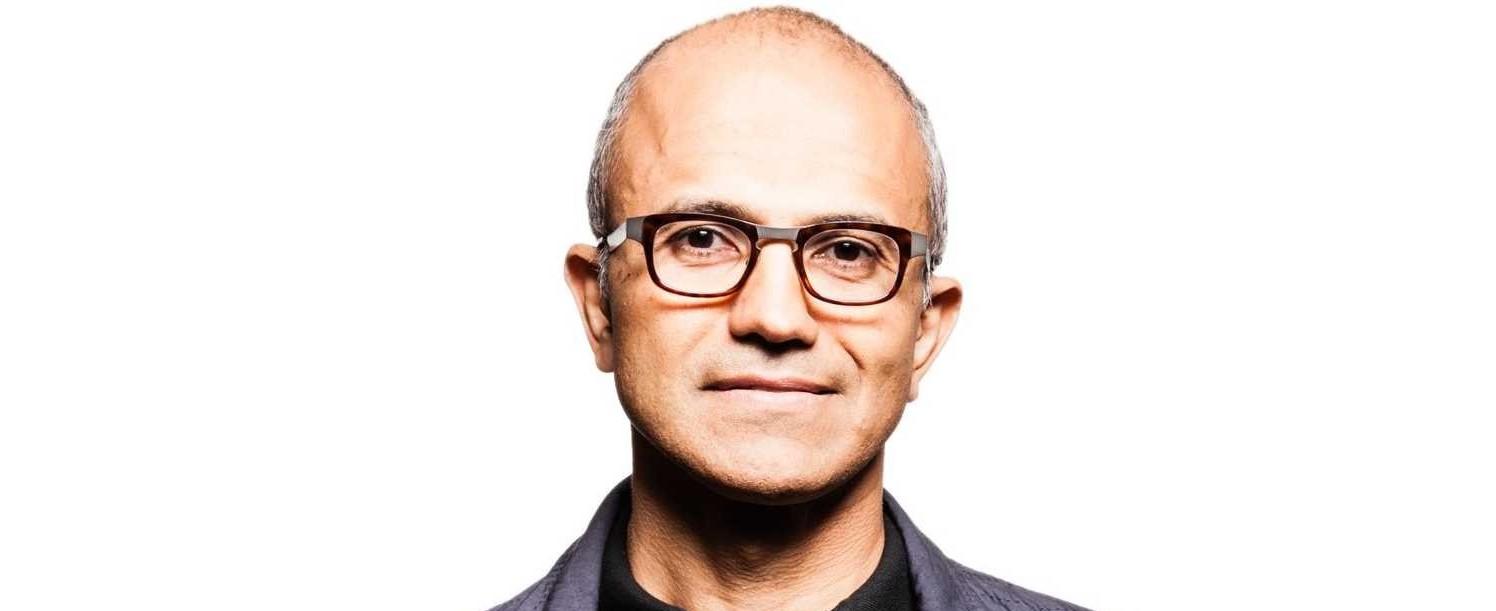 Satya Nadella odważnie gra wizerunkiem Microsoftu