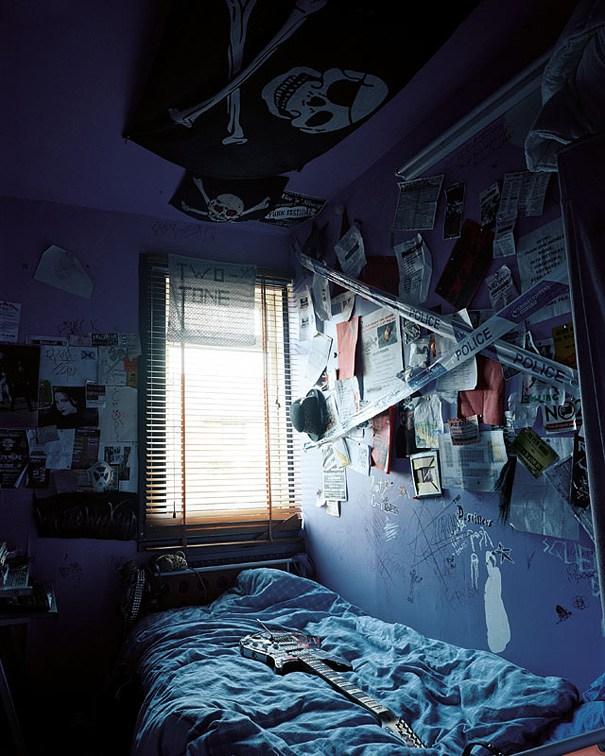 Zmuszające do refleksji zdjęcia dziecięcych sypialni