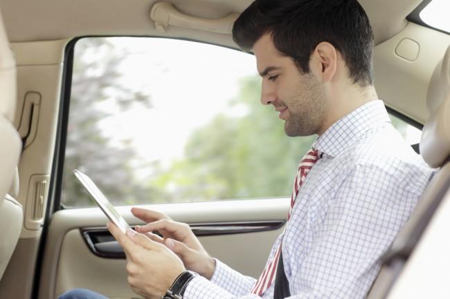 tablet w samochodzie