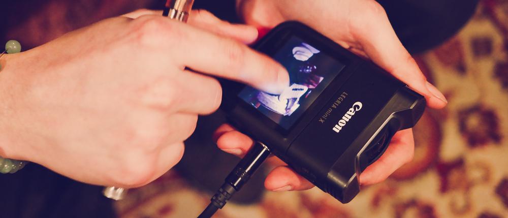 Sprawdzamy Canon Legria mini X, kieszonkową kamerę dla muzyków i vlogerów – recenzja Spider's Web