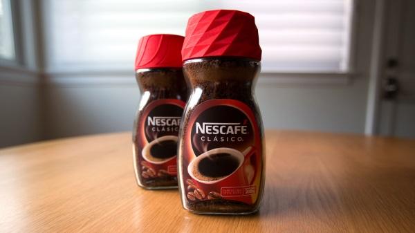 Ten budzik w kawie Nescafe mógłby terroryzować mnie nawet w niedzielę