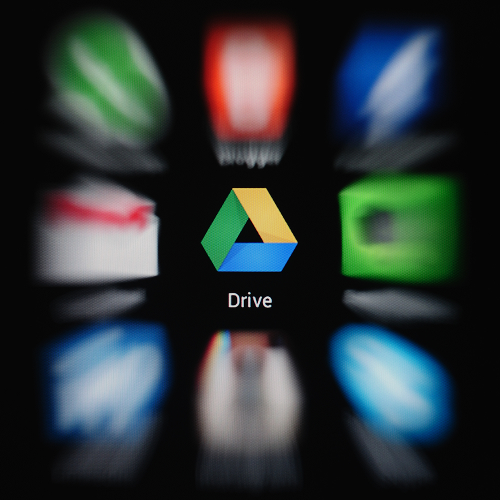 Nowy Gmail dla Androida pozwoli zapisać załączniki na Google Drive