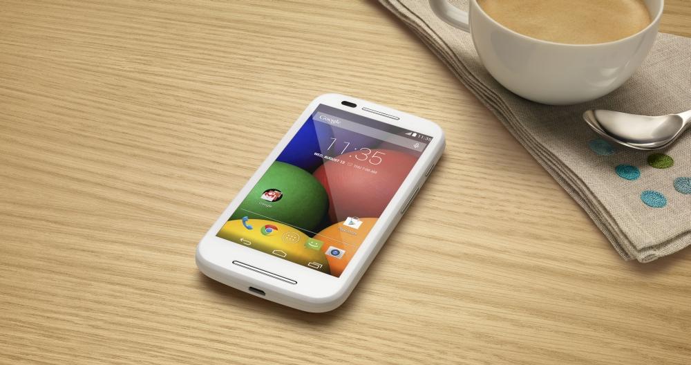 Przeciwnikiem Moto E wcale nie są telefony z klapką