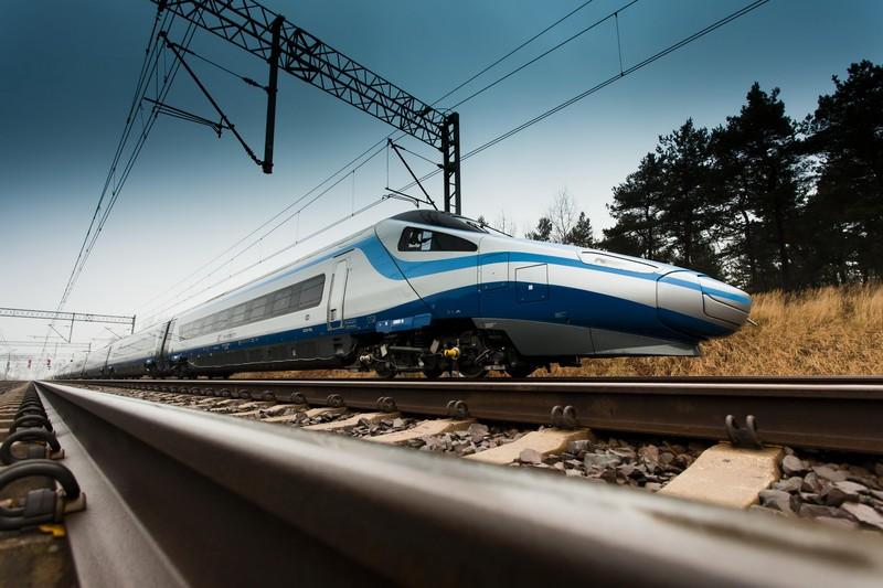 Szybkie pociągi Pendolino nie tylko się spóźnią, ale mogą też nigdy nie dojechać