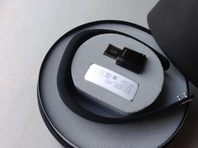 sony-smartband (2)